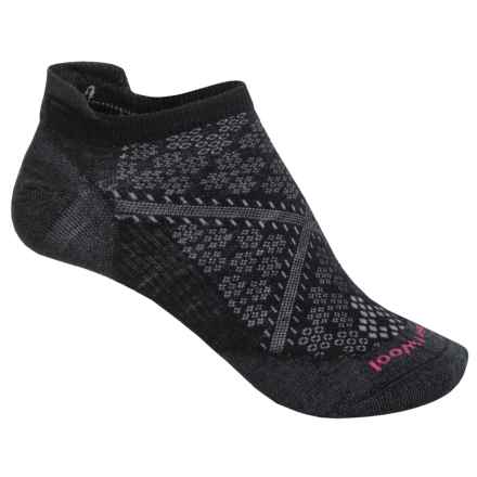 smartwool-phd-run-ultralight-micro-socks-merino-wool-below-the-ankle-for-women-in-black-p-9655j_12-440-40.2